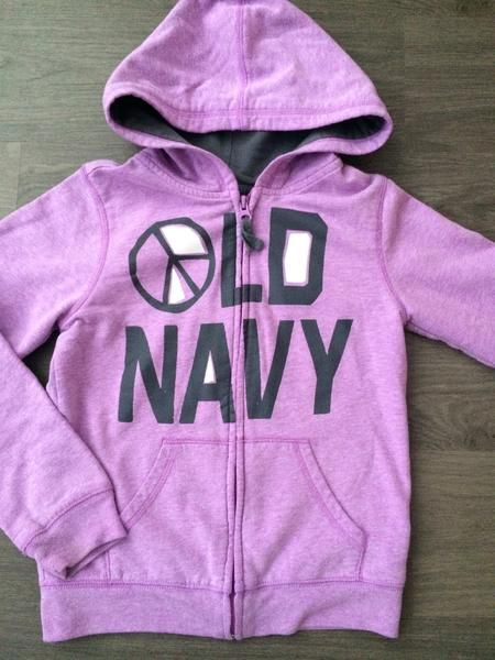 Full-Zip Hooded Sweater (Girls Size 10-12) $6.99