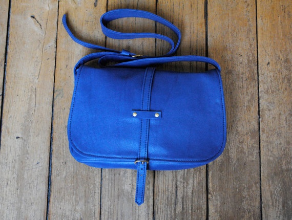 leather bag $145.00: Bags 14500, Red, Minis Dog Qu, Bags 145 00, Leather Handbags, Sac A Maine, Leather Bags, Electric Blue