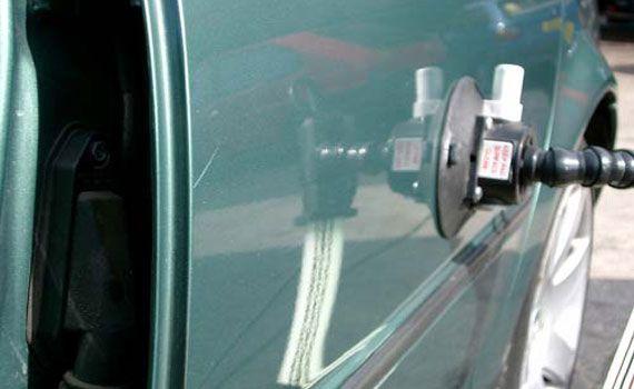 Так как авто для некоторых наших клиентов является вторым  Car Fix - удаление вмятин на  alimy. Поэтому, если вы хотите, чтобы корпус вашей машины был полностью восстановлен без дополнительной покраски, то стоит обратиться в Автосервис-24. Колорист смешивает оттенки для того, чтобы цвет краски, наносимой на деталь, соответствовал основному оттенку всего  авто.car-fix удаление вмятин авто йошкар-ола #carfix удаление вмятин авто #car-fix удаление вмятин авто ярославль #car-fix удаление вмятин…