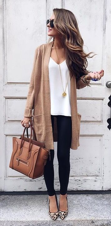 long sweater, tee, skinny pant....everyday outfit
