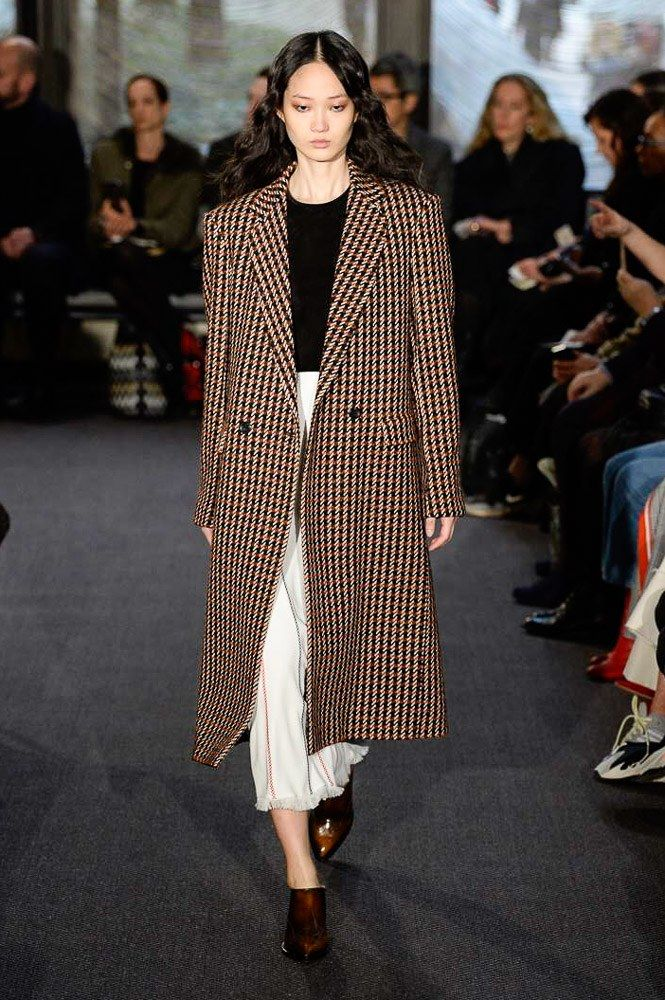 The complete Derek Lam Fall 2018 Ready-to-Wear fashion show now on Vogue Runway.