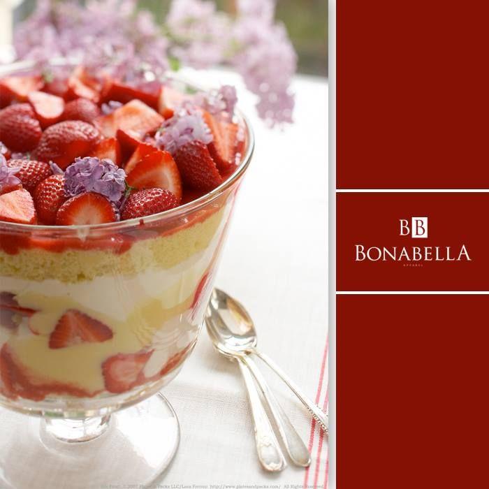 ¿Qué tal esta combinación de fruta y pastel?, el dulce estimula tu estado de ánimo contagiándote de felicidad.