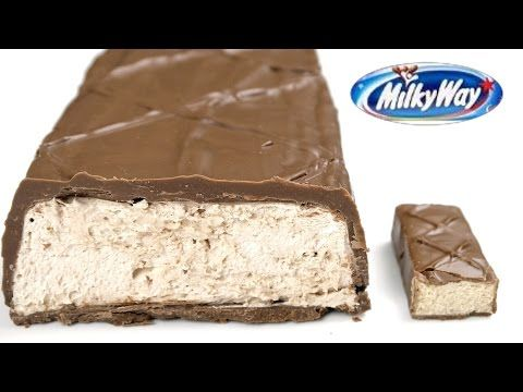 Гигантский батончик Milky Way - YouTube