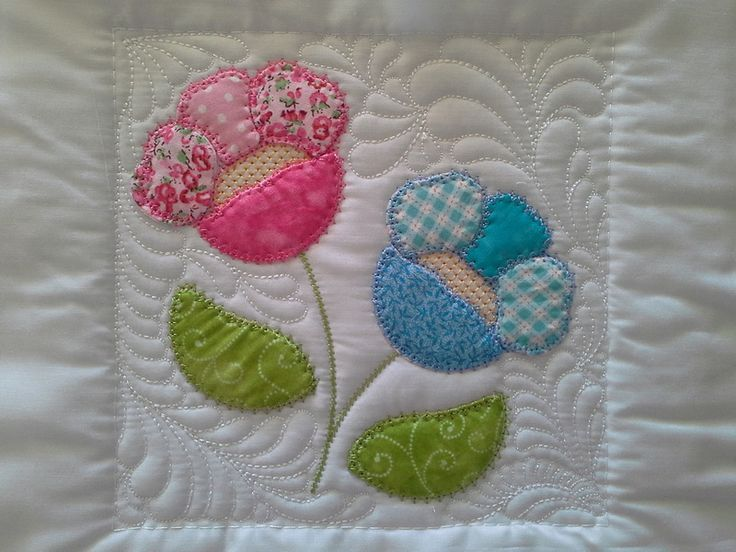 """TS1419 - Sew and Turn Applique QAYG Block 2  The second block in our series of Sew and Turn Applique Blocks. Country charm at its best! The Sew and Turn technique creates a lovely """"puffy"""" applique design very much like the traditional hand applique. #embroidery #applique #quilting"""