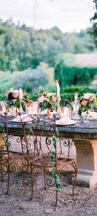 What A Romantic Setting For Wedding Reception Dinner French Decor Chateaus