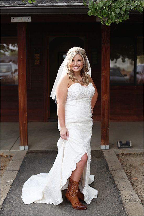 rustic wedding bride with cowboy boots and veil - Google Search