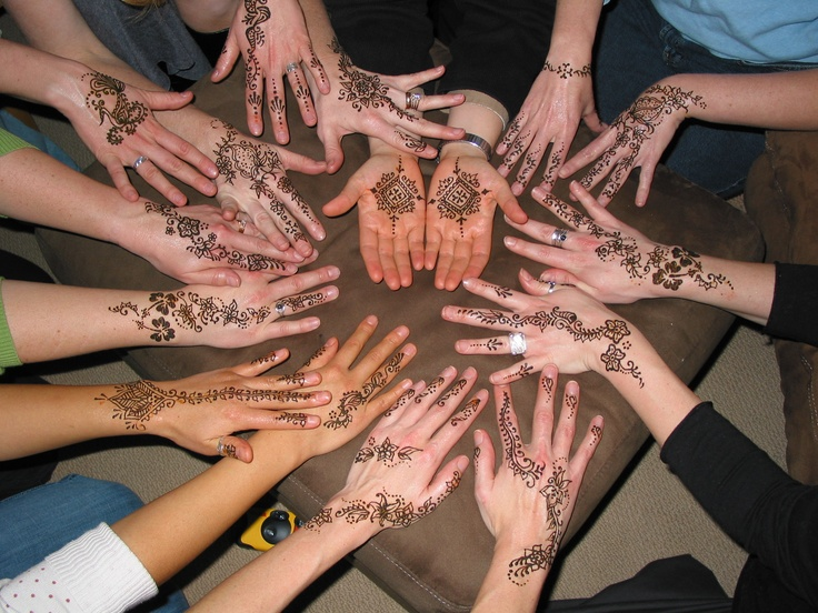 The night before we graduated from Seattle Midwifery School, all of my classmates & I got henna tattoos on our hands -- a beautiful way to honor the work of a midwife.
