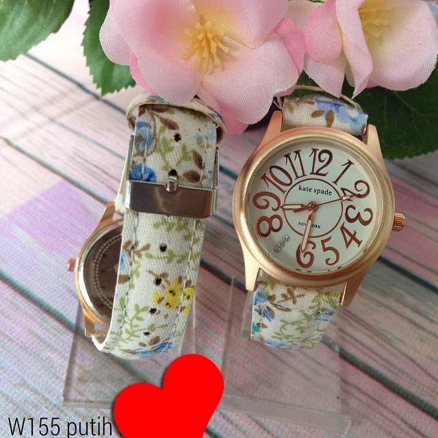 Jam tangan kate spade . Frame rosegold. Kode barang : W155 putih || Harga 85ribu ||  Diameter : 3.3cm || Tali : kulit lapis kain || Water resistant: tidak