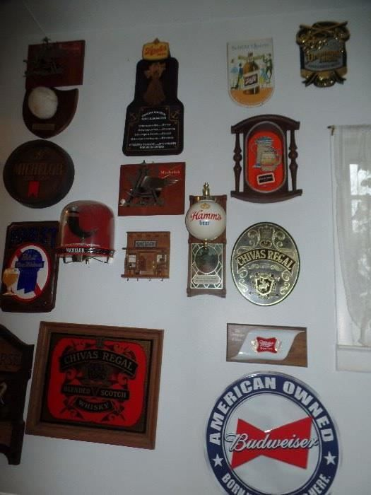 """Found on EstateSales.NET: Hamms Beer Glove, Chivas Regal mirrored sign, Metal budweiser sign, Michelob beer tap sign, Strohs rope barometer sign, 2 Budweiser w/metal """"A"""" & Eagle"""