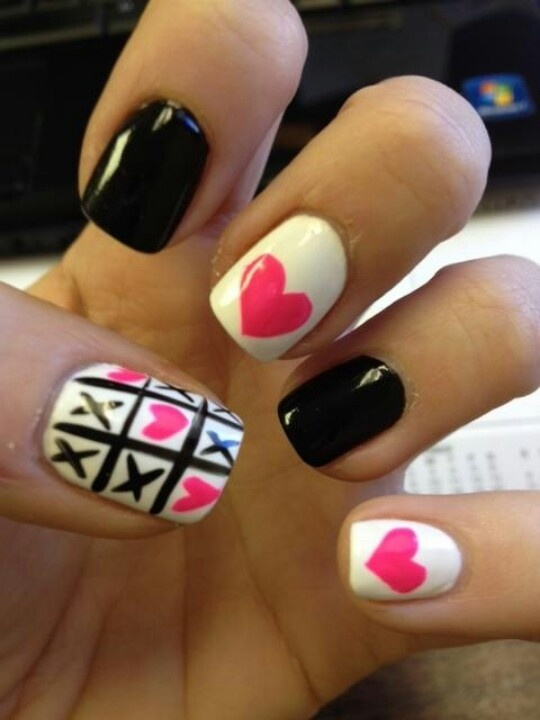 Valentine Nails tic tac toe heart black and pink nail art design - 77 Best Cute Girly Nails Images On Pinterest Nail Art, Nail