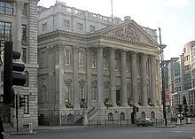 Mansion House is the official residence of the Lord Mayor of London.