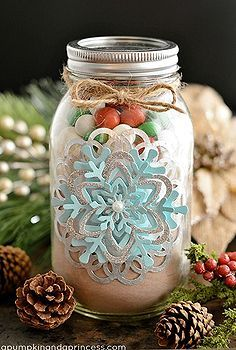 look like a superstar and give these handmade mason jar food gifts, christmas decorations, crafts, mason jars, seasonal holiday decor, Cookie Mix gift in a jar I love this snowflake tag