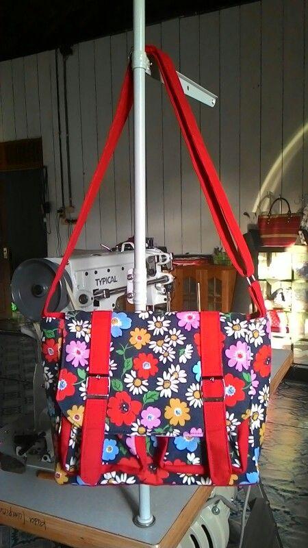 Sling bag, cute. .