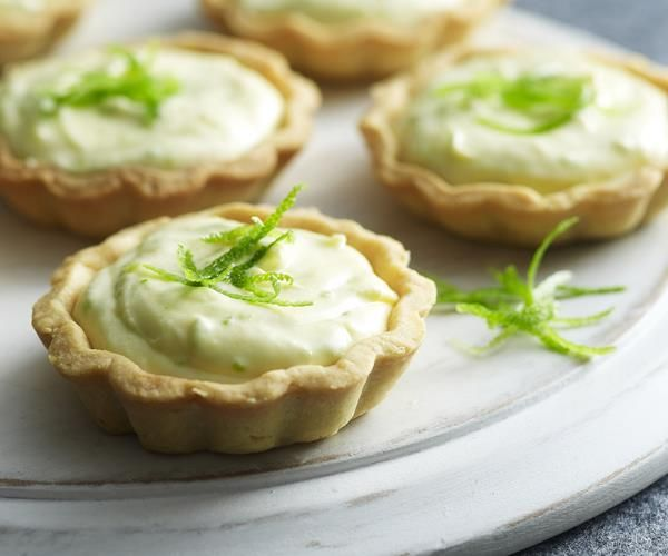 White chocolate, lime and ginger mousse tarts