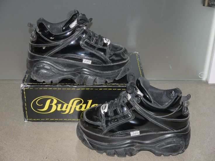 t@p schwarze BUFFALO 1339 Damen PLATEAU Disko LACK SNEAKERS Gr. 37 l@@k -90er-   Kleidung & Accessoires, Damenschuhe, Turnschuhe & Sneaker   eBay!