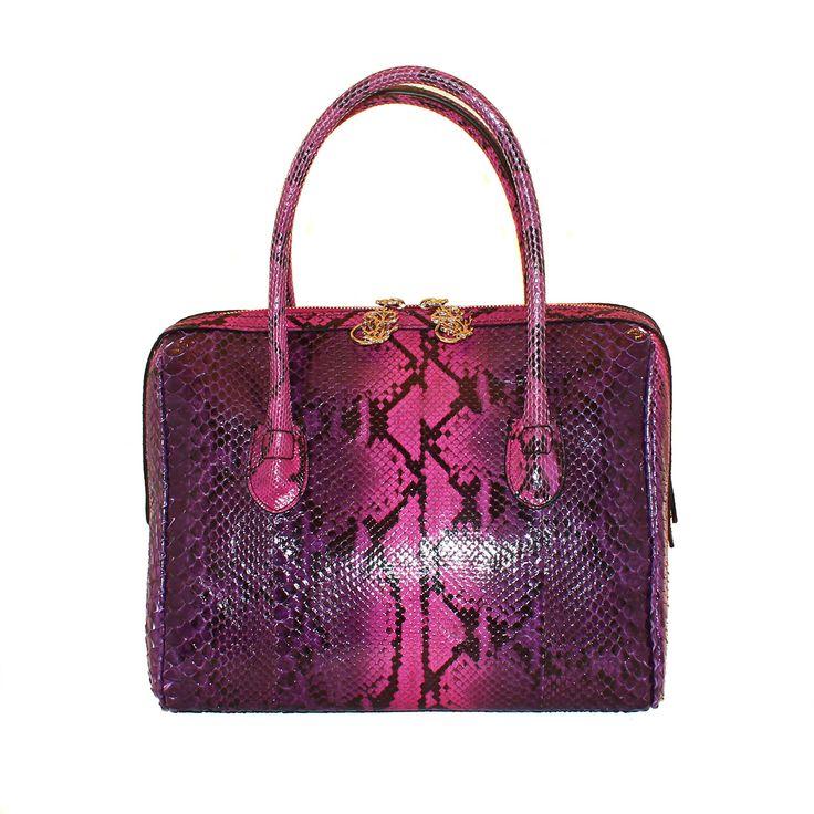 Borsa in vero pitone dipinto a mano - da Salamastra; Real hand painted python handbag - by Salamastra