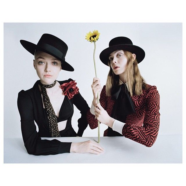 «Elle & Dakota  by #timwalker for @wmag #bestperformances @duffy_duffy @lisabutlermakeup @mofbf»
