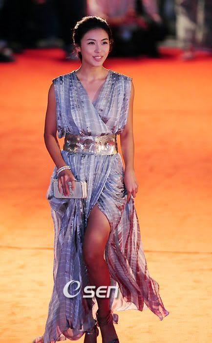 Korean stars' Red Carpet Fashion Part I