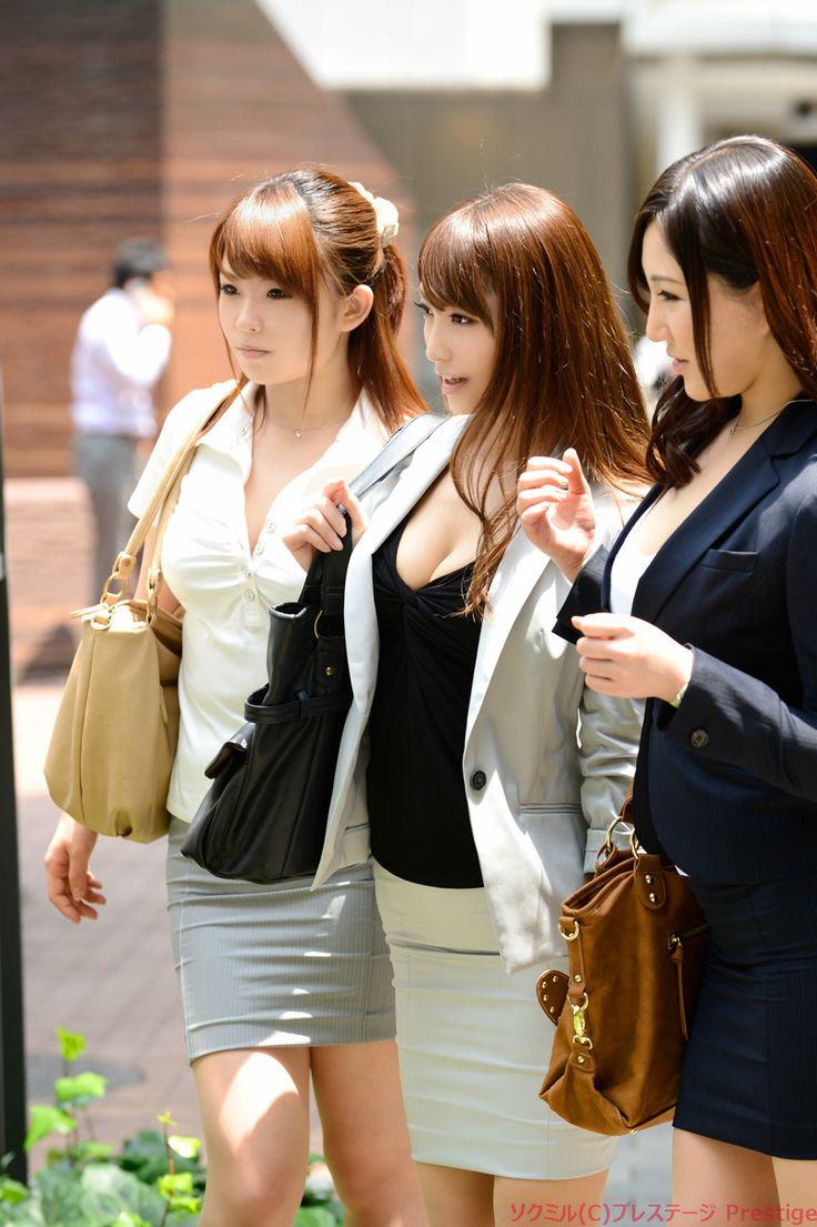 働くオンナ猟り 【スーツ姿の桜ここみが猟りに乱入!!】 SP桜ここみ プレステージ