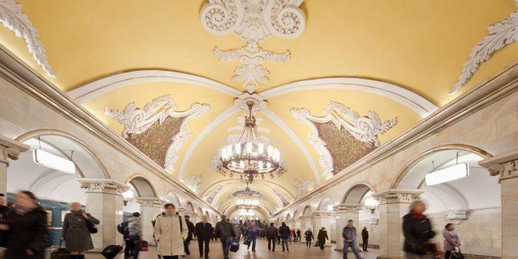 Admira arta in subteranul Moscovei