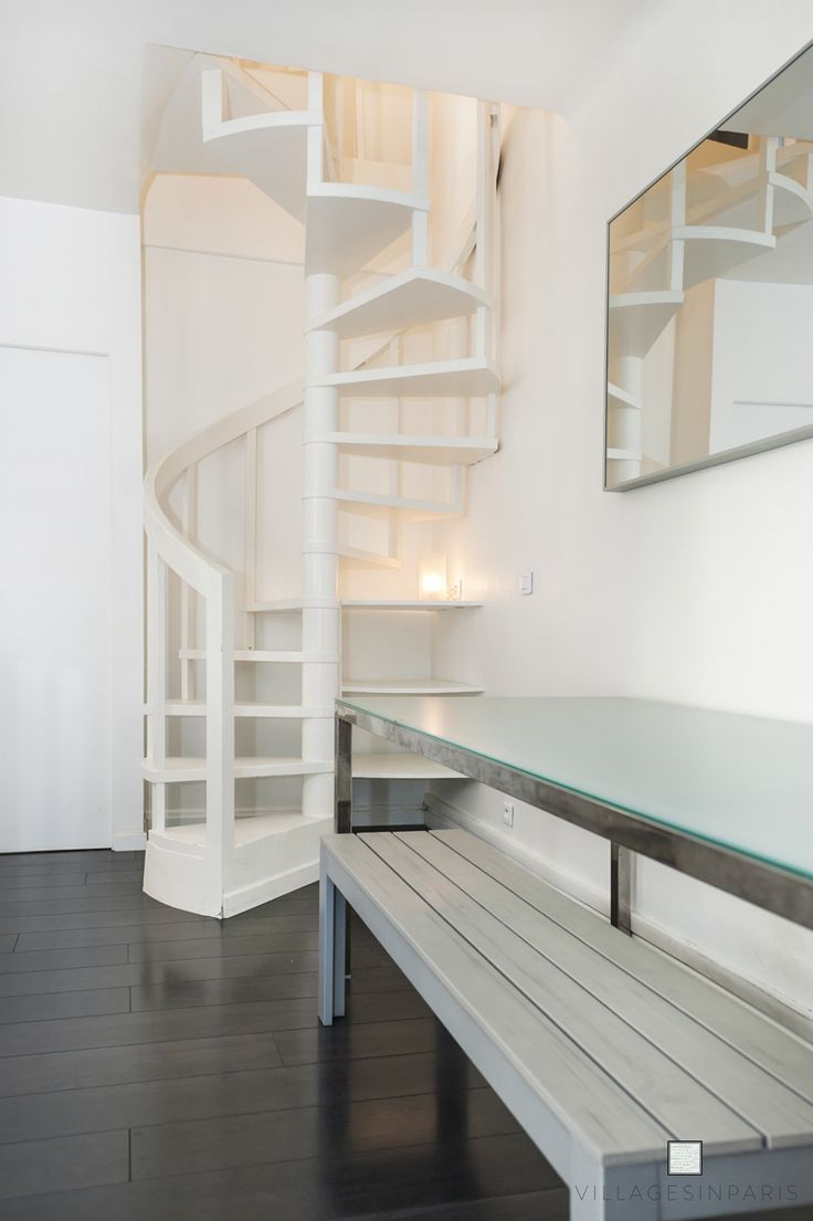 White spiral staircase. White turning stairs – Da…