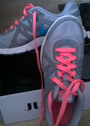 Kup mój przedmiot na #vintedpl http://www.vinted.pl/damskie-obuwie/obuwie-sportowe/9305051-nike-revolution-2