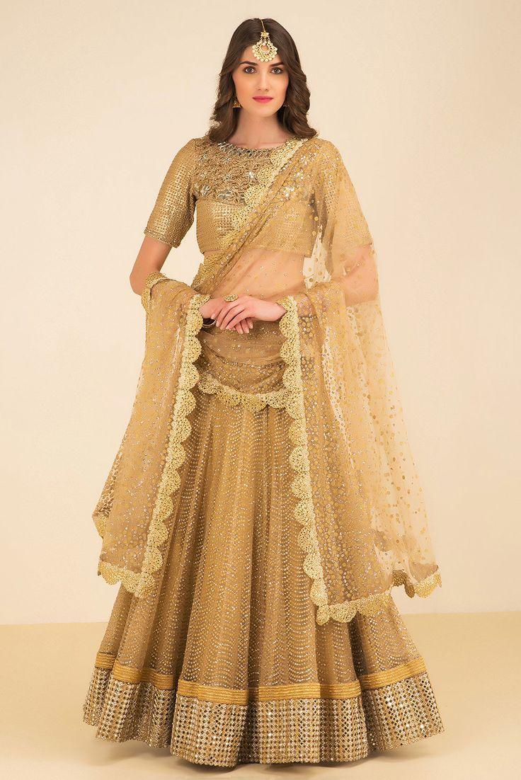 THE STYLE LOFT BY RITU DEORA golden shimmer lehenga set #Flyrobe #Bride #Wedding #Lehenga #IndianWedding #designer #designerlehenga #lehengacholi