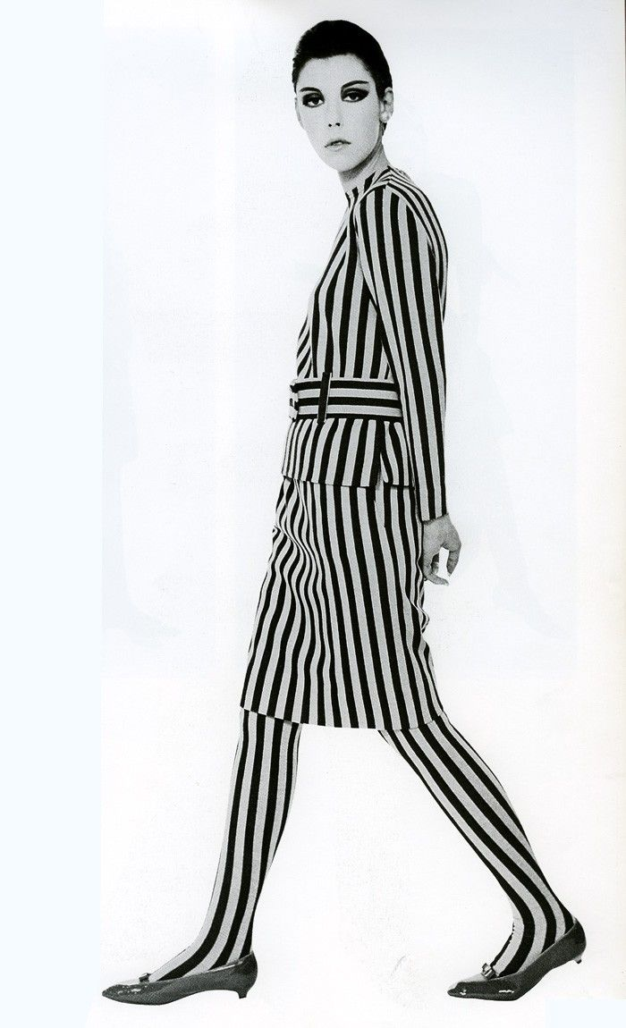 """#SCS #Peggy Moffitt in Rudi Gernreich, 1964...Line that """"CONTINUE"""" in a """"GAME"""" Environmental ..."""