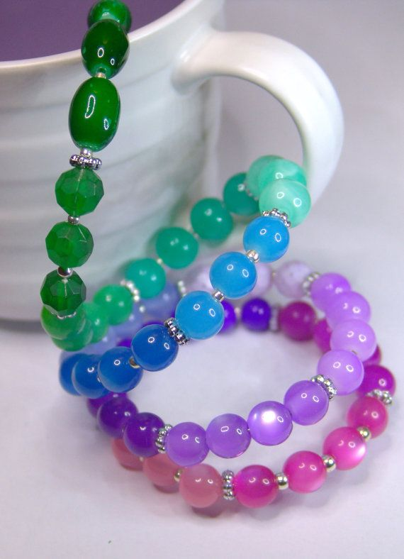 FIESTA  Memory wire Bracelet by 1000and1 on Etsy, €14.00