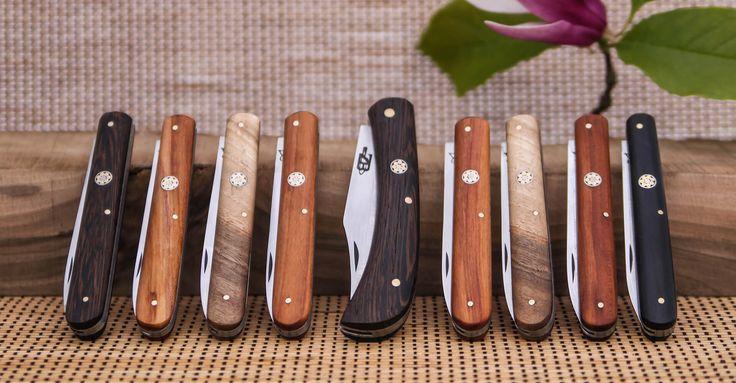 BIRÓ KésekKézzel készített kések - egyedi elképzelés alapján  Bicskáinkat napról napra több kivitelben készítjük, melyek hasznosak lehetnek vadászok, késgyűjtők és azok számára, akik szeretik kedvenc ételüket egyedi bicskával elfogyasztani.