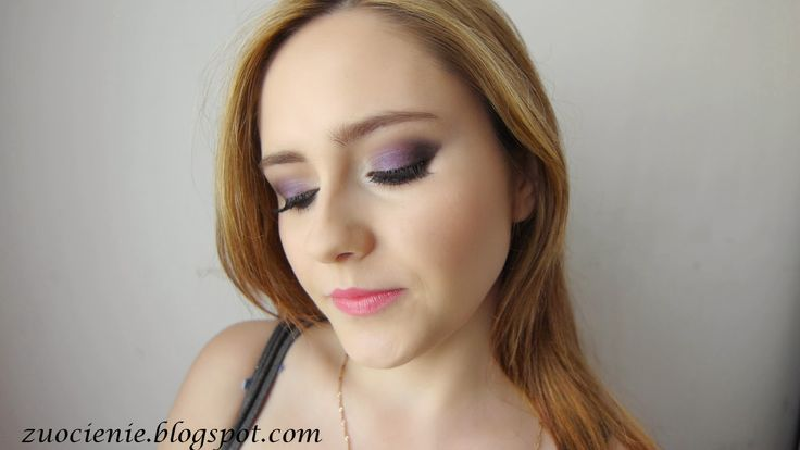 purple smokey pink lips