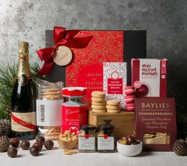Gift Hampers from Gourmet Basket. Christmas Gift Hamper. Corporate hamper delivery. Christmas hamper delivery.