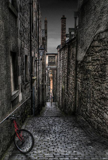 My favorite place on earth. Old Close, Edinburgh by S i m o n . M a y s o n, via Flickr