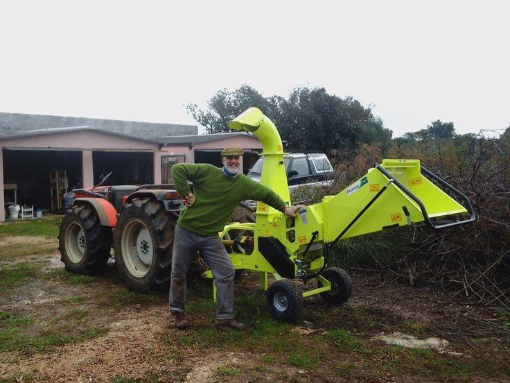 Chipping  could be a pleasure   #woodchipper  #agrinova #biotrituratore www.agrinova-italia.it