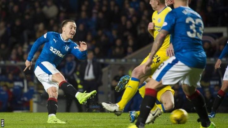Rangers struck late to beat St Johnstone 3-2 and move to within six points of second-placed Aberdeen in the Scottish Premiership.  Barrie McKay fired the hosts in front and Martyn Waghorn headed their second.  David Wotherspoon's curled strike reduced Saints' deficit before Rangers had Rob Kiernan sent off for his challenge on Graham Cummins.  Steven Anderson lashed in to bring the sides level but Emerson Hyndman's shot gave the home side victory.