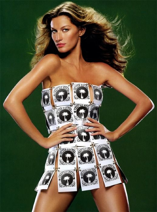 #SUPER MODEL WITH SPECIAL DRESS! WE LOVE IT