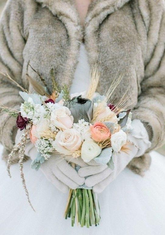 Зимние букеты для невесты    #wedding #bride #flowers