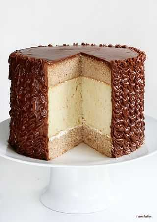 Cinnamon Cake, White Chocolate Cake with Chocolate Frosting