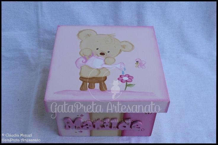 """Caixa de recordações de bebé """"Spring Bear""""."""