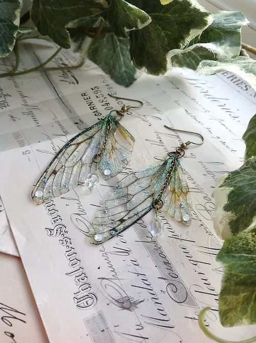 itmovesmemorelol:these look cool - faerie wing earrings source (made by): Under The Ivy… The Dance at Alder Cove ☽✪☾ Youth/Father/Geeze...