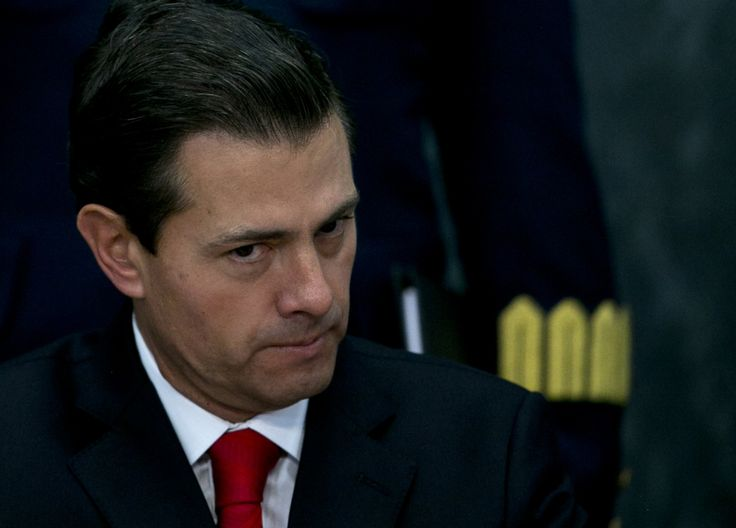 Mexico president gets a bounce from clash with Trump #World #iNewsPhoto