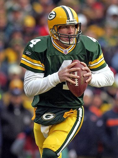 Green Bay Packers quarterback Brett Favre