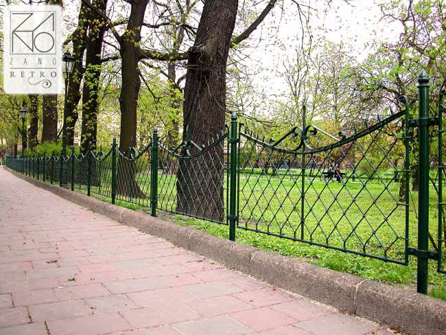 Retro style street fences made of cast iron - ideal for parks and alleys