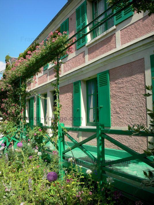 case con persiane verdi - Cerca con Google