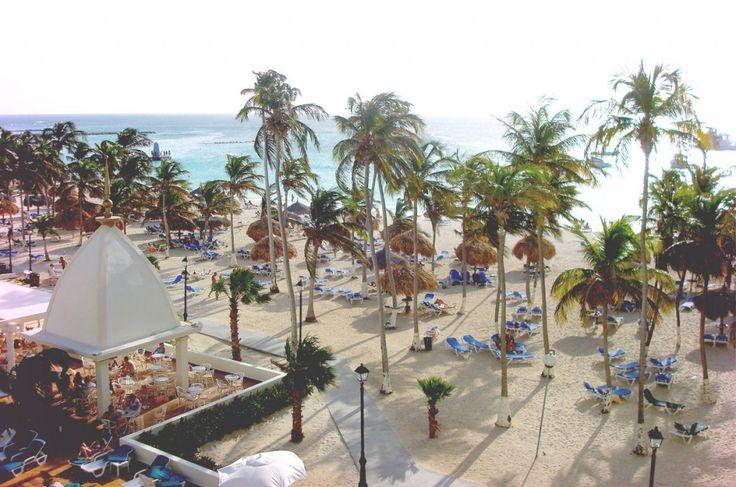 Riu Palace Palm Beach Aruba.. the incredible beach!