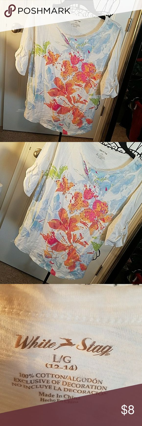 Floral White Stag t-shirt size Large 12/14 Floral multipatterned front with roll up sleeves,  in great preloved condition with minimum wear. White Stag Tops Tees - Long Sleeve