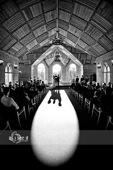What a beautiful winter wedding! Rafter Six Ranch is such a great spot to get married, it's romantic and the scenery is stunning. I love the fact we have the Canadian Rocky Mountains so close to Calgary, we are very lucky to live here. Sean and Livia are living out east right now but decided to hold…