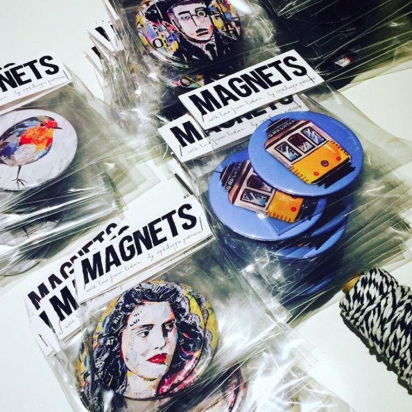MAGNETS PACKAGING🎁  Small edition by the artist 🎁 High quality magnets ( 7,6 cm ) 🎁 ©philippe patricio / all rights reserved