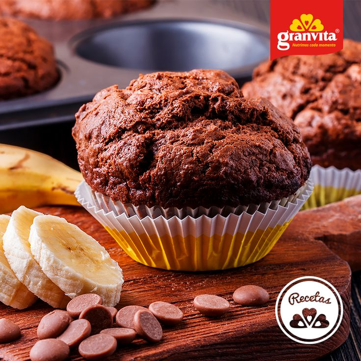 #Receta: Muffins de avena y plátano con chispas de chocolate. 🍫🍌  Exquisito antojo.