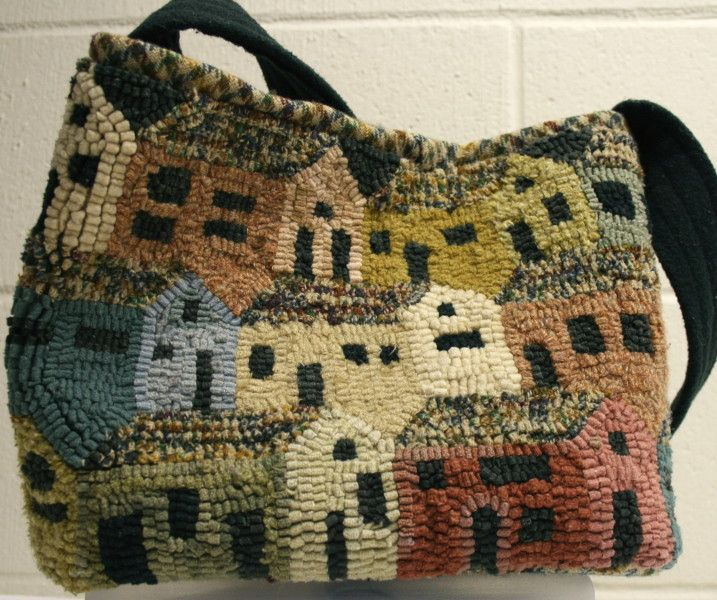 Houses purse, 2